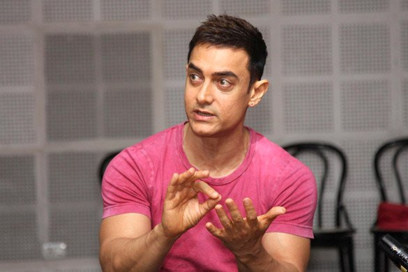 Aamir Khan, Bollywood superstar, starred in sports movie, Lagaan, talking to media