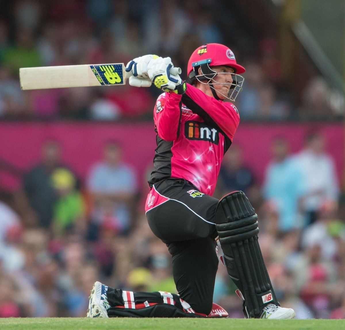 Nic Madison, who also suffers from Mental health issues, batting in the big bash