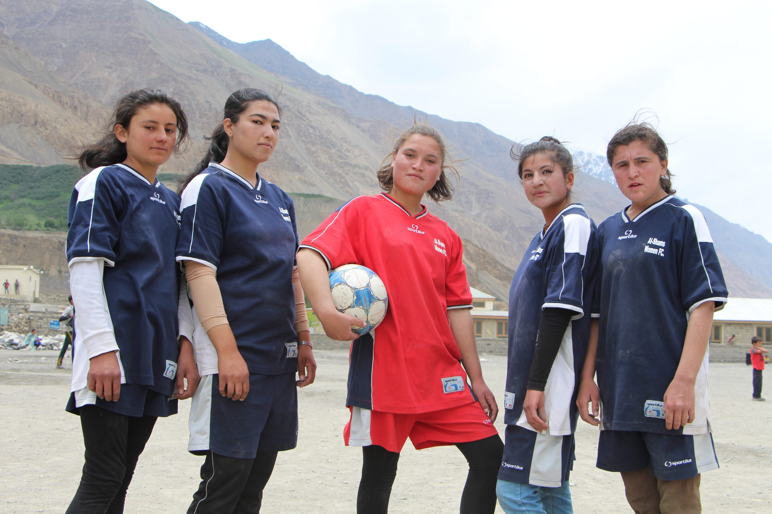 5 of the Al-Shams Women's FC team