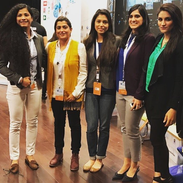 Hajra khan Sana Mir Sana Mahmud and 2 other Pakistani female athletes pose for a picture at a conference