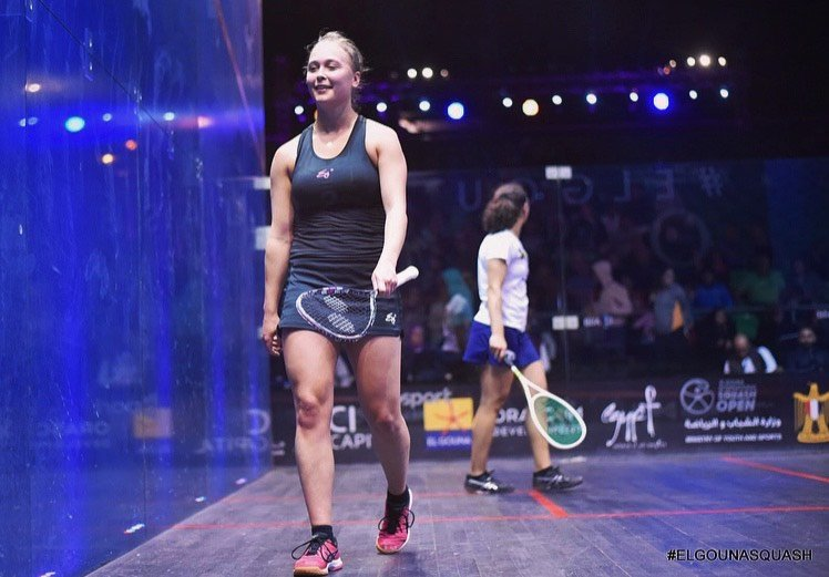 tinne gilis in squash court during match