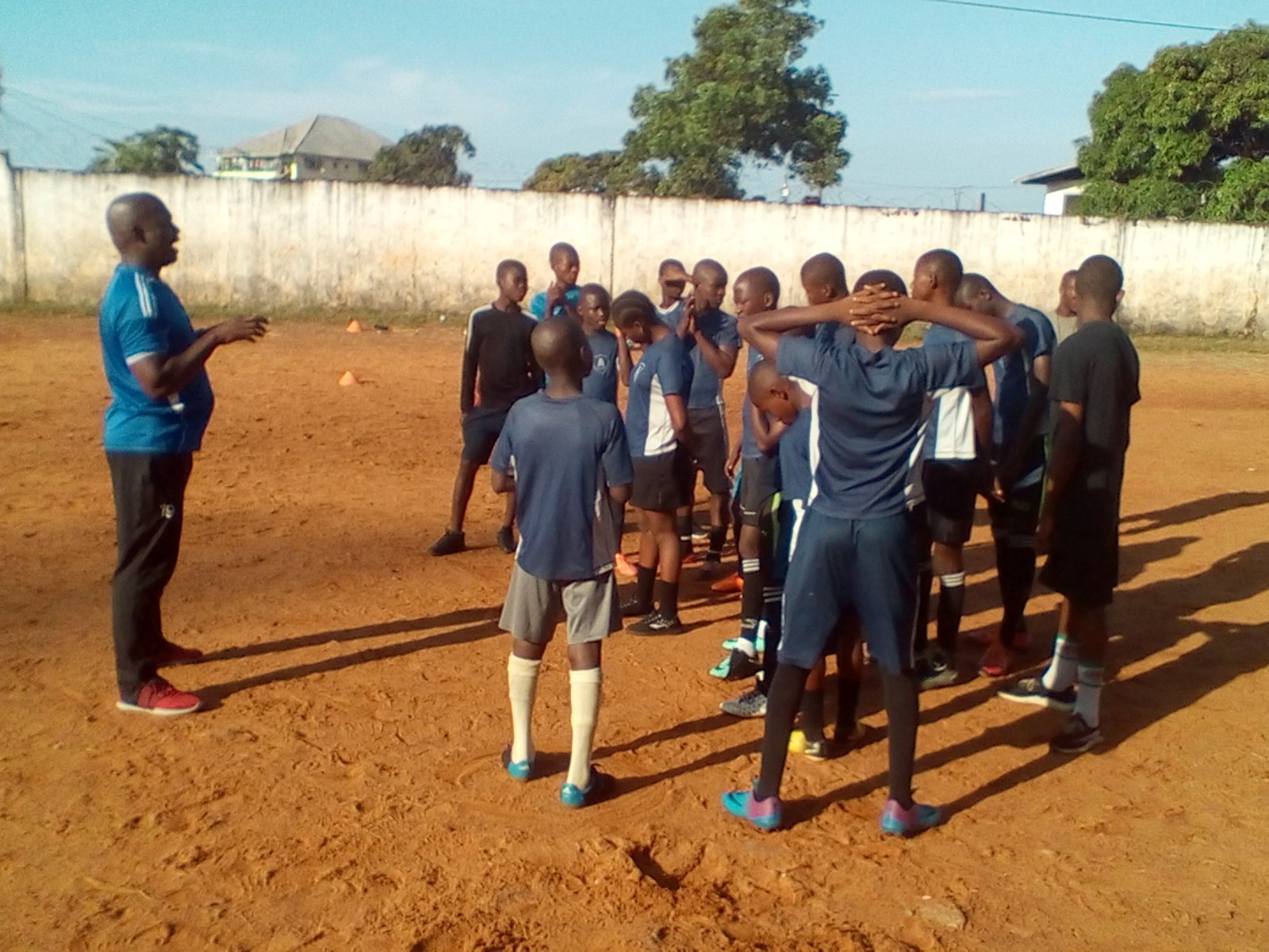 Pappie Jones coaches a young team in Liberia