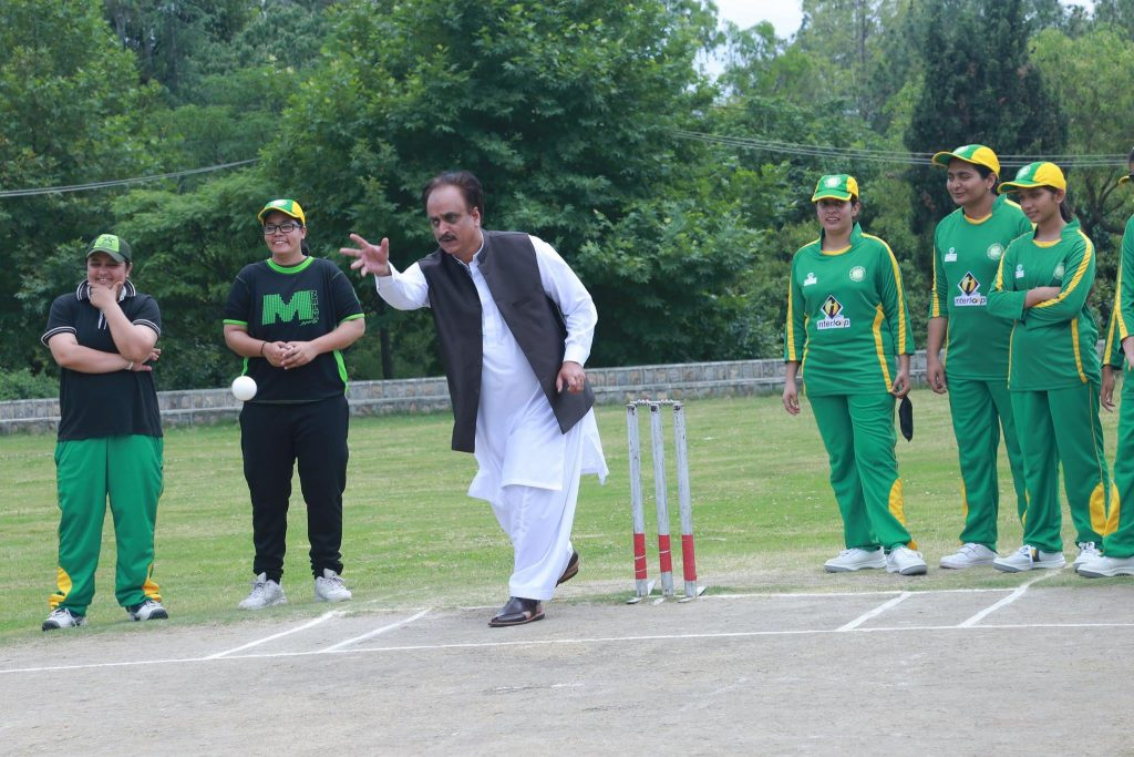 sultan shah bowling with Pakistan women's blind cricket team